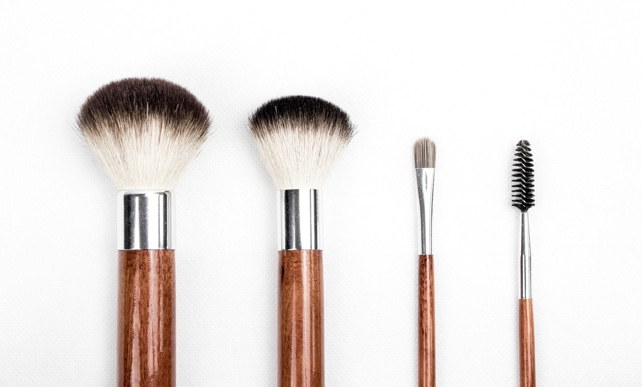beauty-make-up-make-up-brushes-205923.jpg